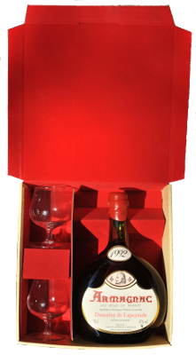 Case to house a 70cl basquaise bottle  + 2 tasting glasses (inclued)
